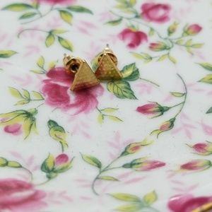 👜 Gold plated Triangle stud Earrings